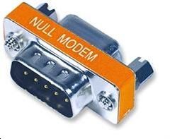 Adaptateur null modem série 9 broches (DB9) - Male / Femelle
